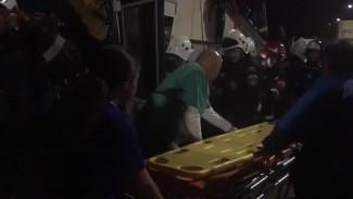 Появилось видео спасения пассажиров автобуса, пострадавших в страшном ДТП под Воронежем