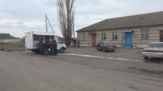 Жителей сёл в Воронежской области продуктами будут снабжать автолавки