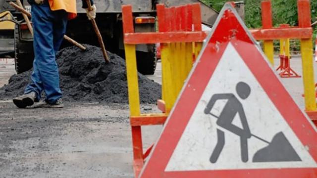 В Воронежской области Mercedes насмерть сбил дорожного рабочего