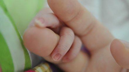 В Нововоронеже лишили родительских прав многодетную мать, которая довела дочь до реанимации