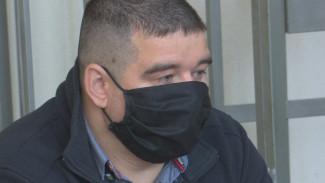 Бывший воронежский таможенник раскаялся в суде за крупную взятку