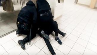 Мать избитого в «Галерее Чижова» воронежского студента: «Охранники останутся без наказания?»