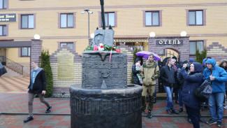 В Воронеже восстановленному памятнику лидеру группы «Король и шут» нашли новое место