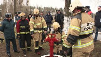 В Воронеже испытали новый пожарный гидрант
