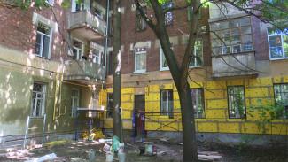 Без антенн и кондиционеров. Новый закон не спасёт старинные дома Воронежа от уродливых конструкций