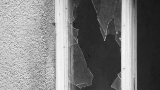 Воронежец разбил в квартире стёкла и позвал на помощь из-за утечки газа