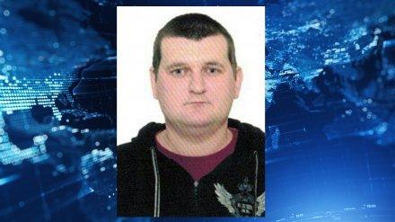 В Воронеже пропал 29-летний парень со шрамом на руке