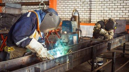 До 66 тыс. рублей. Эксперты посчитали зарплаты рабочих в Воронеже