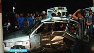 В Бутурлиновке уже год не могут найти виновника ДТП с тремя погибшими