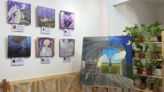 Картина воронежской художницы станет частью масштабного полотна «Ангелы мира»