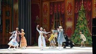 """В Оперном театре состоялся балет на льду """"Щелкунчик"""""""
