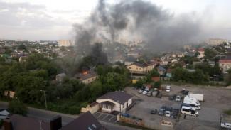 Крупный пожар в Воронеже с высоты сняли на видео