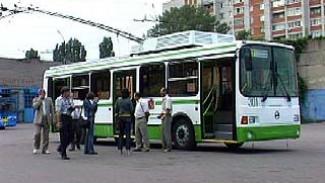 На улицы Воронежа вышел экспериментальный троллейбус
