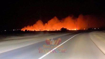 Крупный пожар произошёл в селе под Воронежем