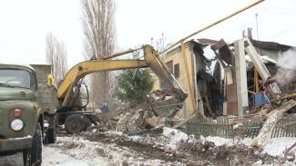 События недели: падение 30-метровой трубы, обрушение крыш и эпидемия гриппа в Воронеже