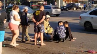 Появилось видео аварии с двумя сбитыми пешеходами в Воронеже