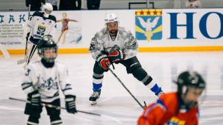 В Нововоронеж на сборы детских хоккейных команд приехал чемпион мира Данис Зарипов