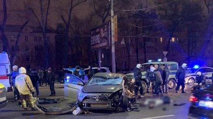 В Воронеже на Московском проспекте при столкновении иномарок погибли 4 человека