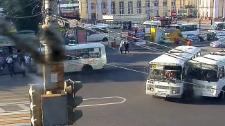 Десятки ДТП и нарушений. Чем запомнились воронежские маршрутчики перед подорожанием проезда