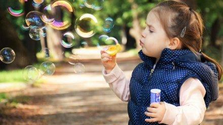 Выплаты семьям с детьми и открытие туристического сезона.Что изменится для россиян в июне