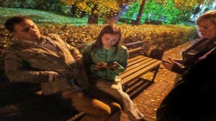 В Воронеже жена объявила в розыск мужа, случайно уснувшего на лавке в центре города