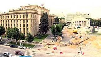 Погода ставит под угрозу срыва реконструкцию площади Ленина