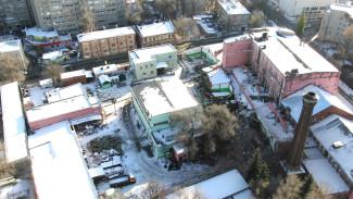 Отправленный под снос старинный хлебозавод в Воронеже показали с высоты