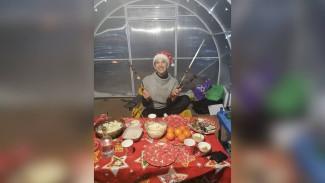 Супруги из Воронежа встретили Новый год в теплице