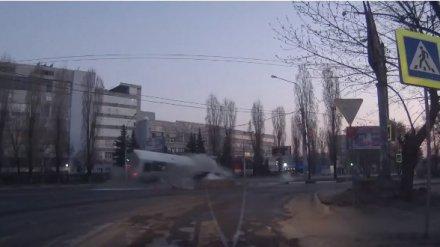 Погибшие в Воронеже подруги познакомились с водителем KIA за пару часов до ДТП