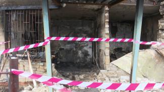 В Воронеже ночью сгорело здание садоводческого товарищества
