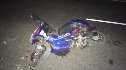 В Воронежской области водитель мотоцикла столкнулся с цистерной