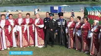 """В Верхнем Мамоне прошёл юбилейный пятый фестиваль """"Песни над Доном"""""""