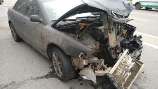 В Воронеже водитель Audi устроил массовое ДТП: пострадал человек