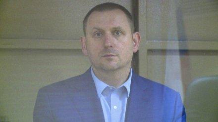 Облсуд утвердил приговор экс-сотруднику посольства США за публичное убийство воронежца