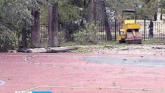Вместо беговой дорожки - строительный мусор. Школьные стадионы не сданы в срок