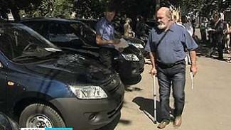 11 жителям Воронежской области вручили новые автомобили