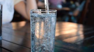 Врачи напомнили воронежцам о необходимости пить в жару больше воды