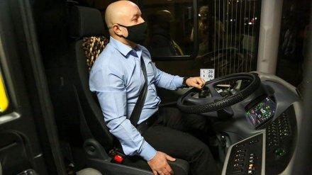 На водителей новых пассажирских автобусов в Воронеже надели «умные браслеты»