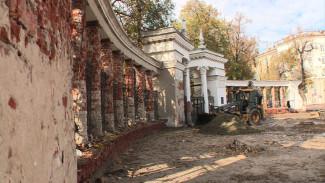 Обновлённые колонны и возрождённые львы. Воронежцам показали реставрацию «Орлёнка»