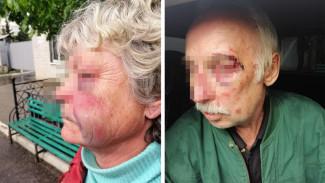 «Избили до потери сознания». Бандиты в масках ограбили воронежских пенсионеров в их доме