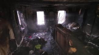 Многодетная мать выжила при сильном пожаре в Воронежской области