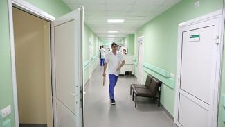 Врачи проверили на коронавирус попавших в больницу 4 воронежцев