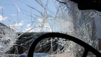 В Воронеже водитель тягача спровоцировал массовую аварию на Антонова-Овсеенко