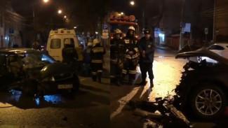 Виновница крупного ДТП в Воронеже предложила пострадавшей тысячу рублей