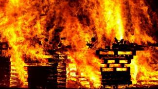 Под Воронежем в сгоревшем дачном доме нашли тело мужчины