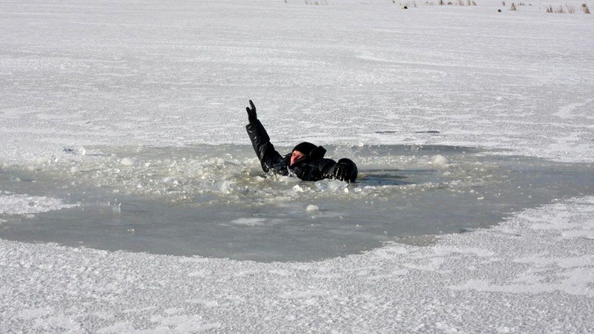 «Лёд сейчас смертельно опасен». Воронежцам рассказали, как выбраться из полыньи