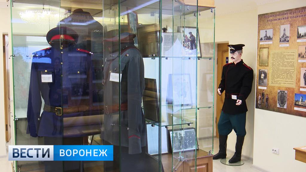 Для музея Воронежского института МВД сшили форму петровских времён