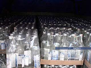 """1.500 литров """"паленой"""" водки изъято в Калаче"""