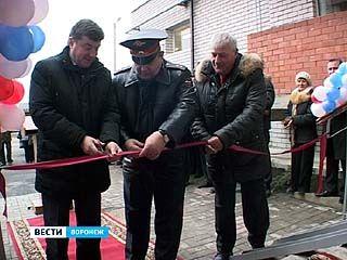 180 семей полицейских празднуют новоселье