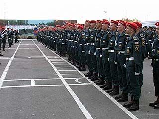 216 будущих пожарных поклялись на верность Родине